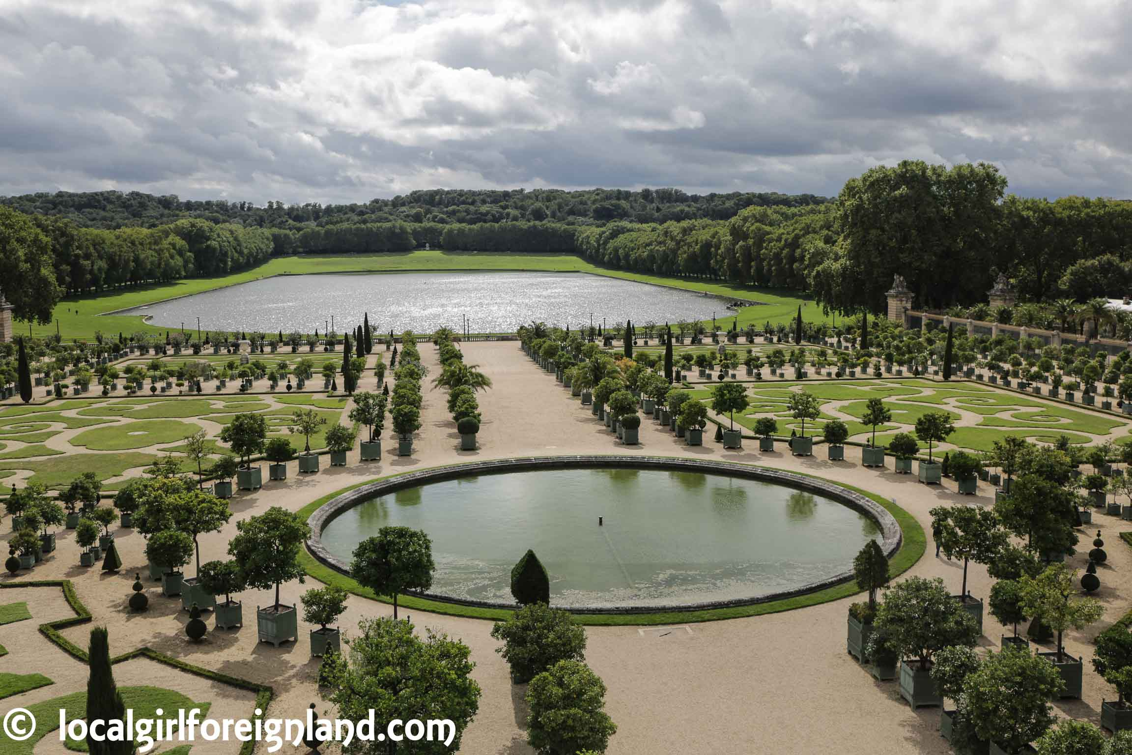 Palace-of-Versailles-garden-8361