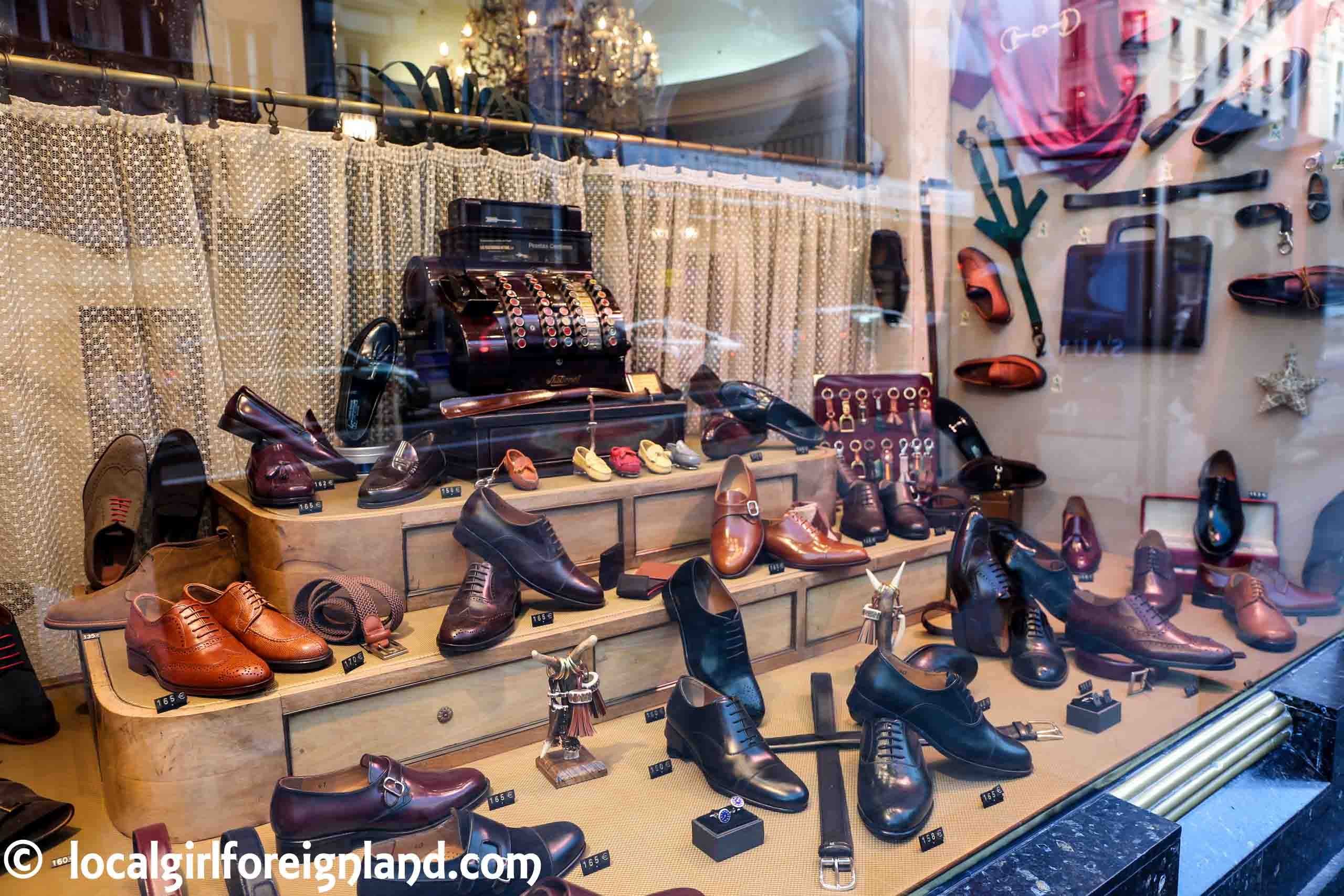 leather-artisan-stores-madrid-3556.JPG