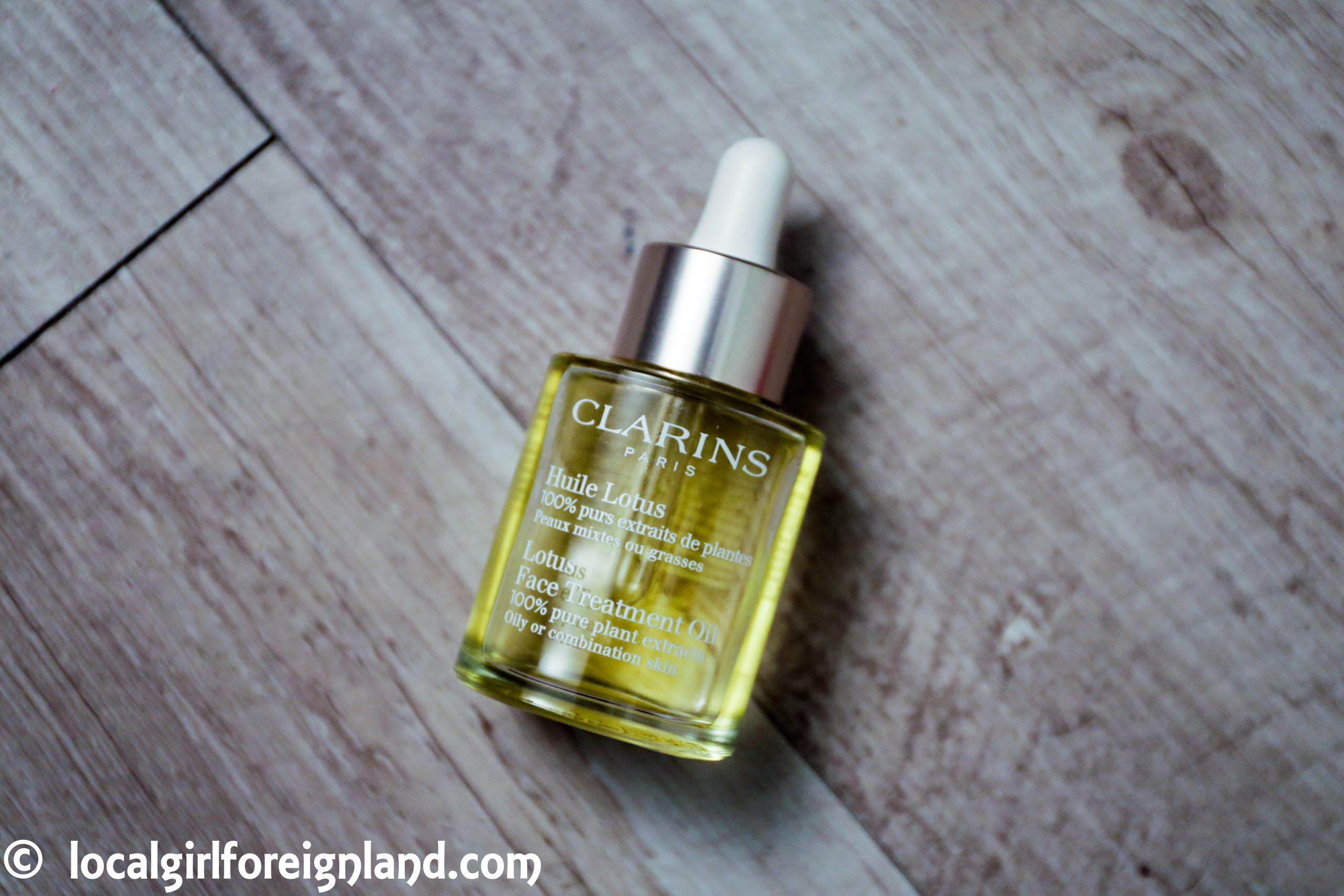 Clarins-Lotus-oil